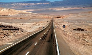The road to Calama